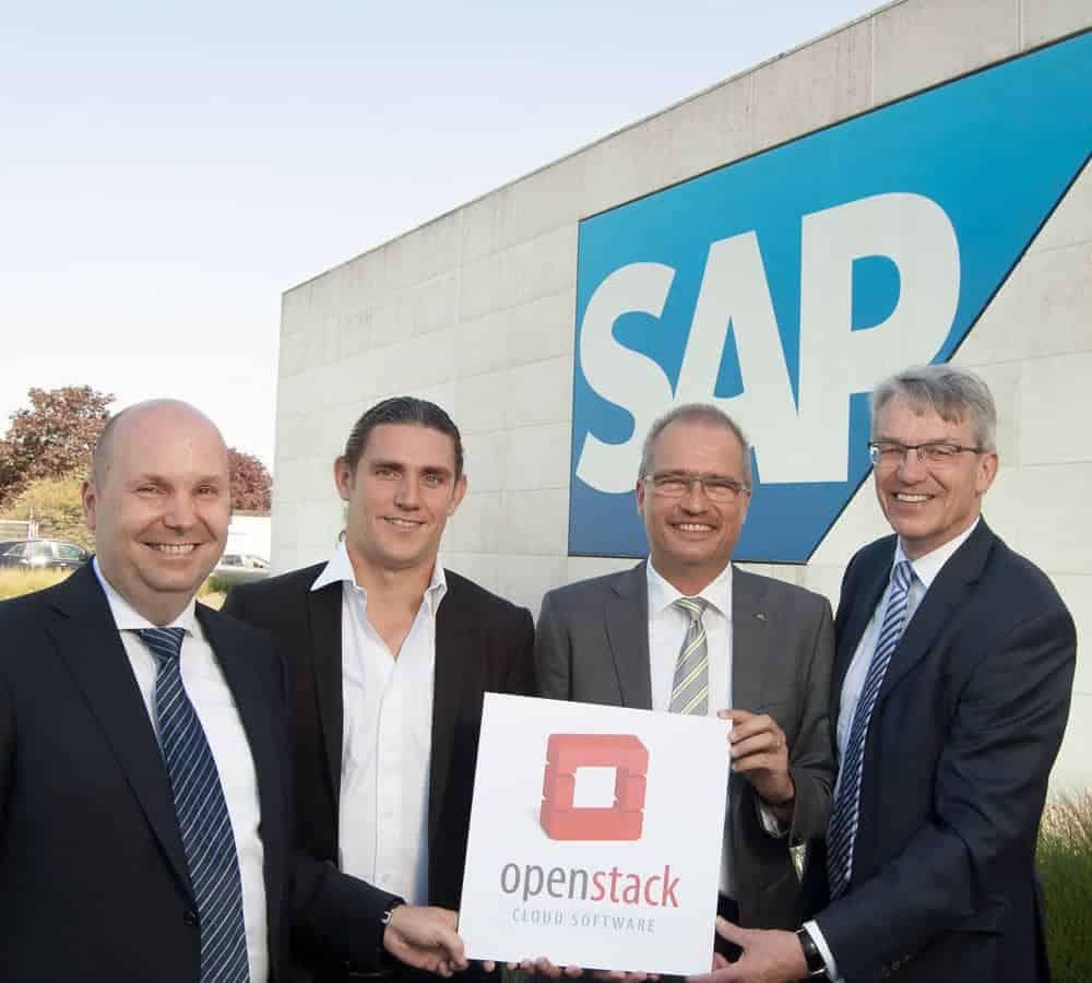 left to right: Peter Wüst (NetApp), Ralph Dehner (B1 Systems), Michael Jores (Suse Linux), Heiner Diefenbach (Fujitsu)
