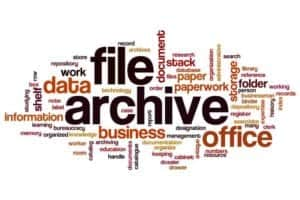 Free storage space and increasing performance thanks to a modern archiving solution. [Shutterstock: 504770278, ibreakstock]