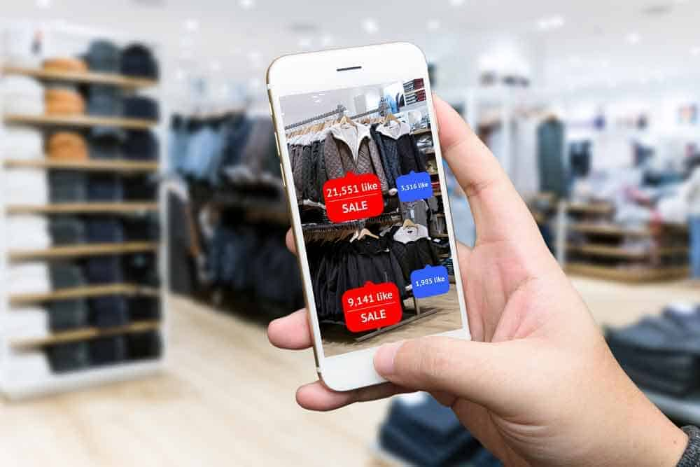 The digital transformation offers huge opportunities for retail. Allgeier shows you how. [shutterstock: 496405075, Zapp2Photo]
