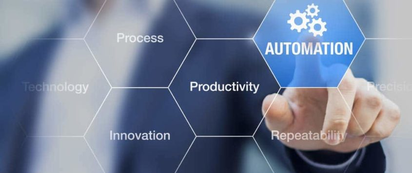 Digital transformation can place new demands on businesses. Red Hat unveils a new process automation that can meet them. [shutterstock: 412700155, NicoElNino]