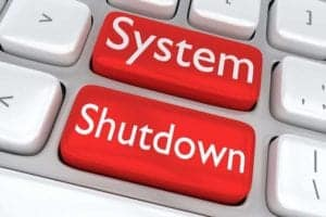 The shortest and most efficient way to a new software generation like S/4Hana is via shutdown legacy systems.[shutterstock: 481744414, hafakot]