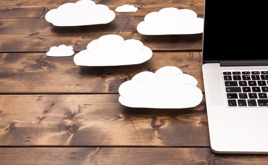 """SAP has made a right decision with Linux. However, its """"Cloud Only"""" strategy is misguided. [shutterstock: 572315812, Simon Bratt]"""