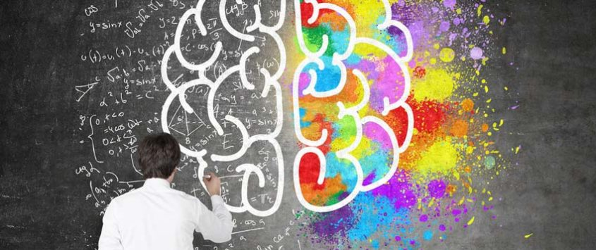 In many companies, thinking processes are still very vague. Leaders must upgrade their thinking skills in order to succeed in the digital age. [shutterstock: 427593619, ImageFlow]