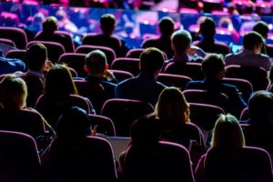 Experience matters was the motto of FKOM 2019. While that's true, there are other much more important things. [shutterstock: 633513077, Anton Gvozdikov]