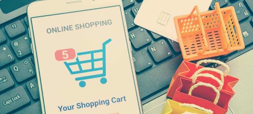 Salesforce digital shopping spending holiday [shutterstock: 1074373283, William Potter]