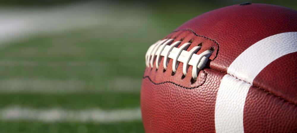 Microsoft NFL [shutterstock: 110257877, David Lee]