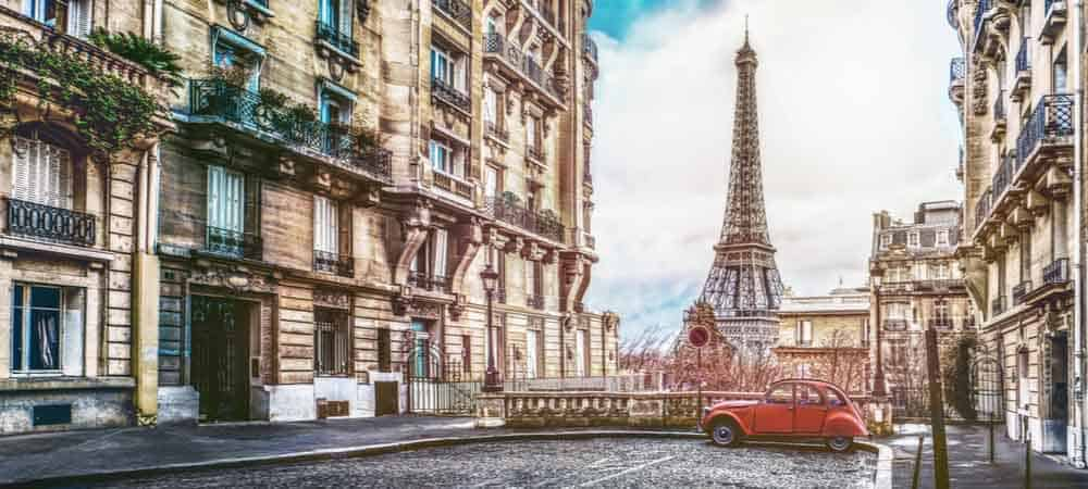 Turnkey France [shutterstock: 1041590983, Alexander Kirch]