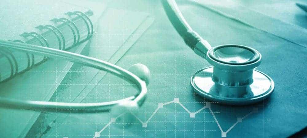 Humana Salesforce Healthcare [shutterstock: 582412642, janews]