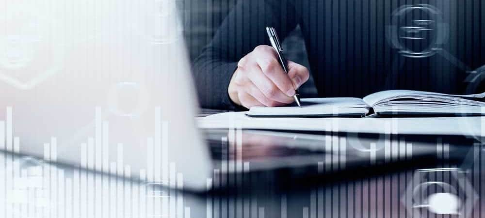 oracle accounting books sap workday [shutterstock: 1120748777, Peshkova]
