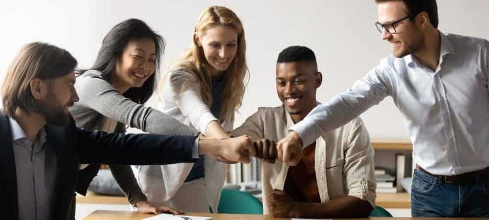 aws salesforce partnership [shutterstock: 1751484761, fizkes]